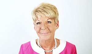 Monika Scholl