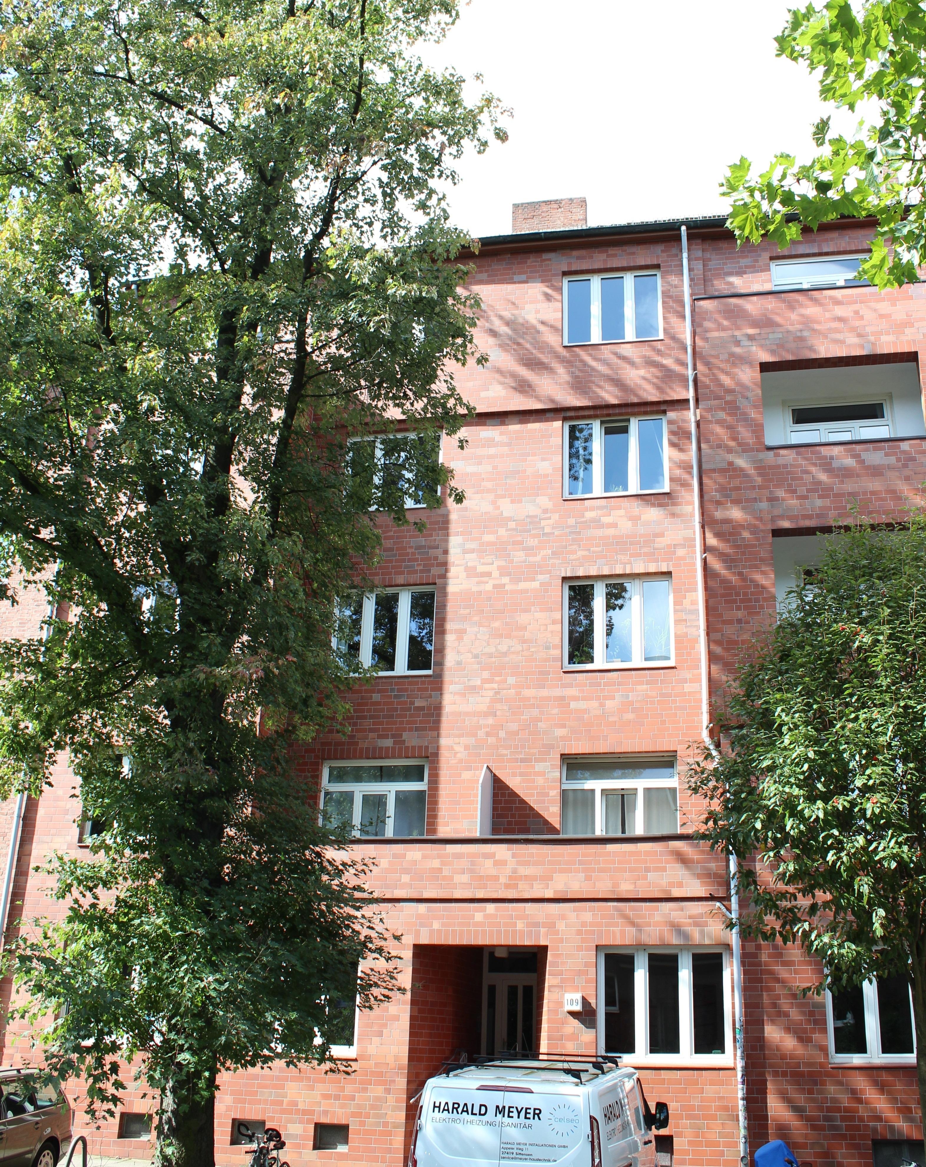 Gepflegtes Rotklinker Mehrfamilienhaus in Ottensen